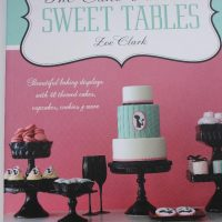 Журнал The Cake Parlour Sweet tables by Joe Clark