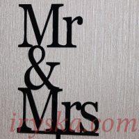Топер для торту Mr and Mrs,