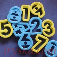 Вирубка цифри літери