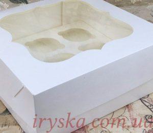 Коробка на 9 кексів Вікно, біло-молочна 5 шт