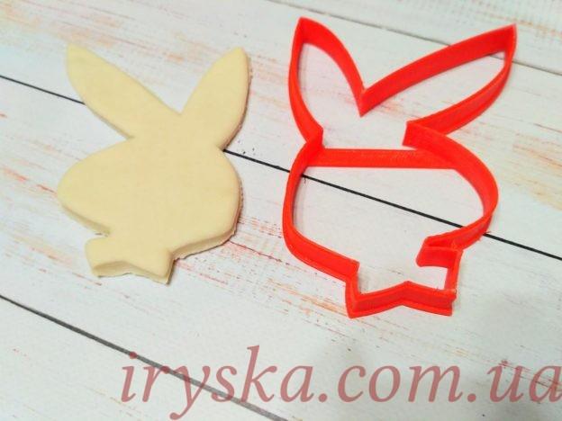 Вирубка кролик з вушками